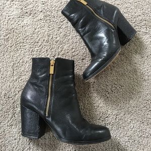 Michael Kors black leather booties!